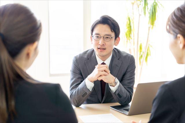 社会保険労務士に就業規則の相談をしよう!!社員が働きやすくなるかも!!